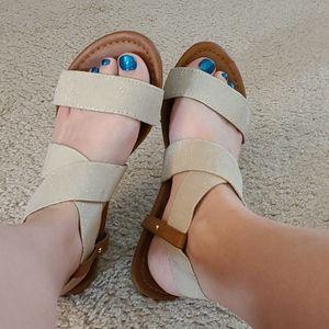 XOXO Tan Glitter Sandals
